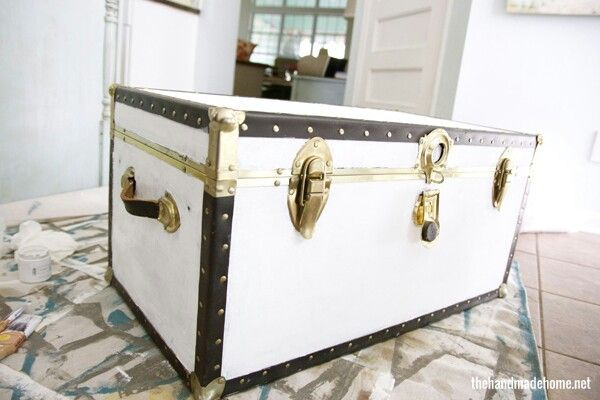 Painted trunk vintage pretty pinterest - How to paint an old trunk ...