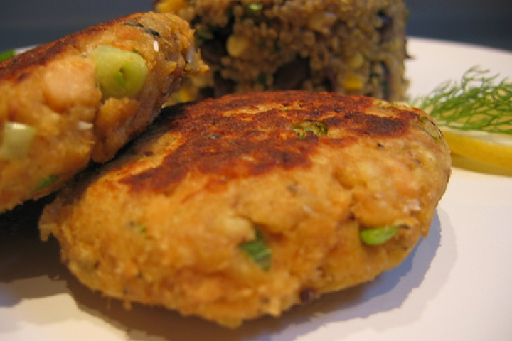 Potato Salmon Patties | I like | Pinterest