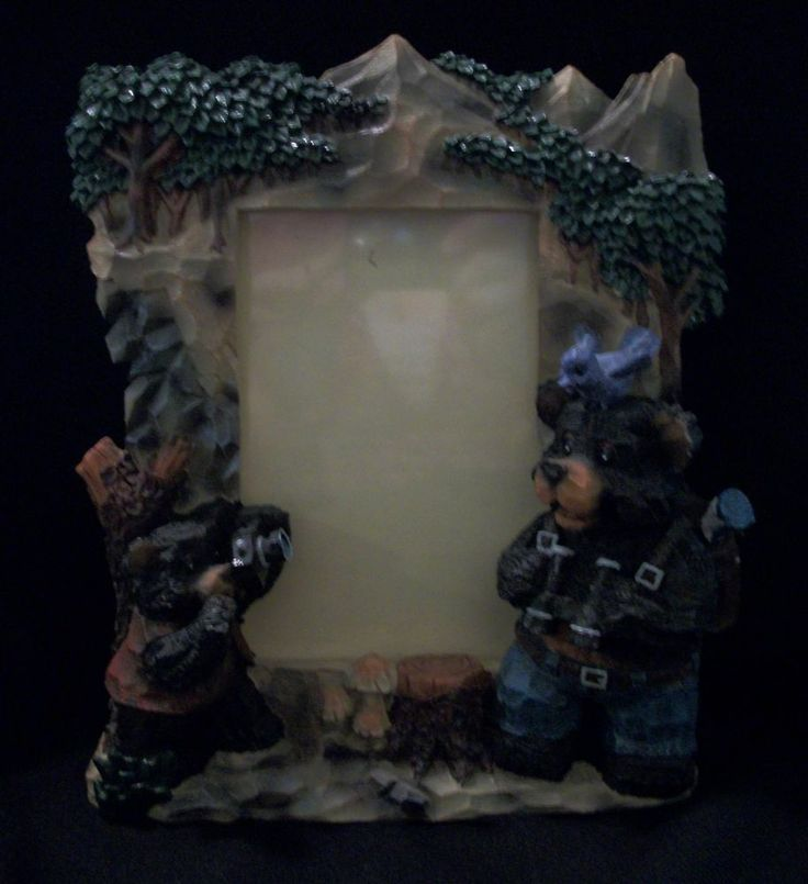 PICTURE THIS! Table Top Picture Frame. These Father& Son Bears are Having Fun Taking Pictures. Excellent Pre-Owned Condition! $19.95 obo (Free S&H)