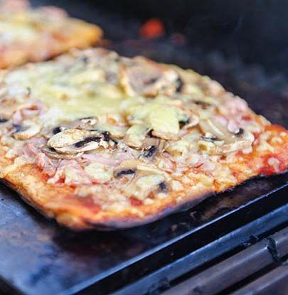whole wheat flour recipe easy whole wheat pizza on the grill whole ...