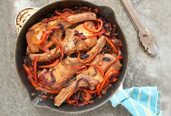 Pork Chops with Peppers, Vinegar and Black Olives | Recipe