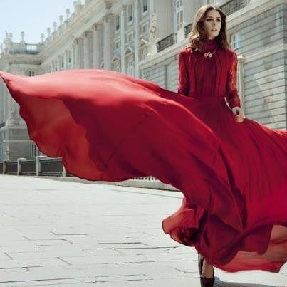 Olivia Palermo in ELIE SAAB Pre-Fall shot by Santiago Esteban #oliviapalermo #eliesaab #dres #red #wind #ballgown