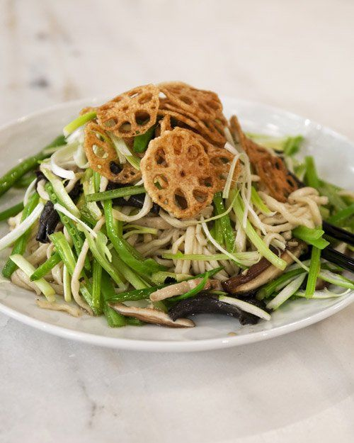 long chinese new year long life noodles recept yummly chinese new year ...