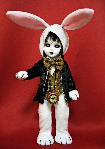 Living dead dolls alice in wonderland figure eggzorcist as the white