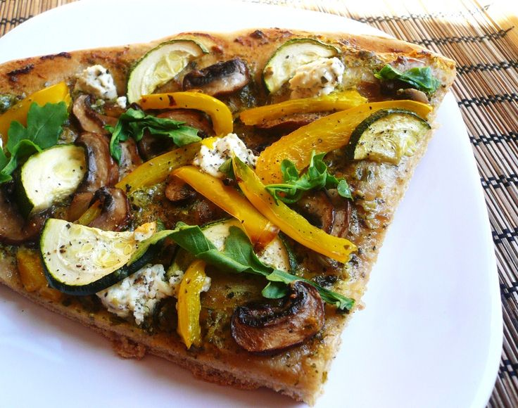 Whole wheat pesto pizza with goat cheese | FitMamaEats | Pinterest