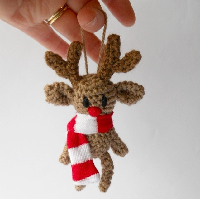 Amigurumi Christmas Decorations : Amigurumi reindeer hanging Christmas decoration