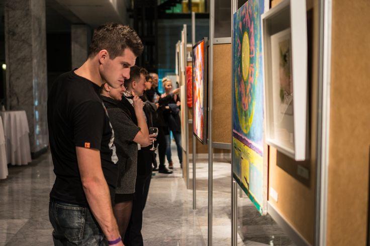 Relacja z wernisażu wystawy przedaukcyjnej - IX Aukcja Charytatywna