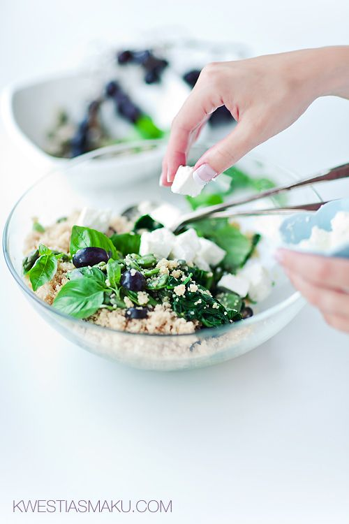 ... beans with cous cous, spinach, basil, feta and grapes! oh my, oh my