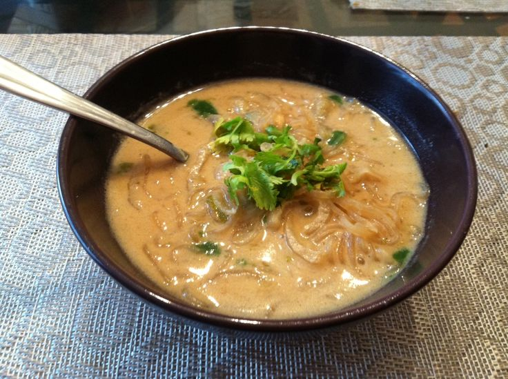 Paleo Thai Coconut Noodle Soup | Healthy Eating | Pinterest