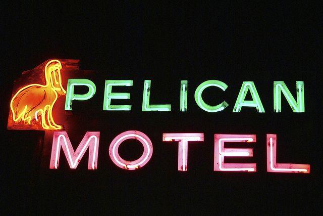 Pelican motel niagara falls ontario hotel and motel vintage signs