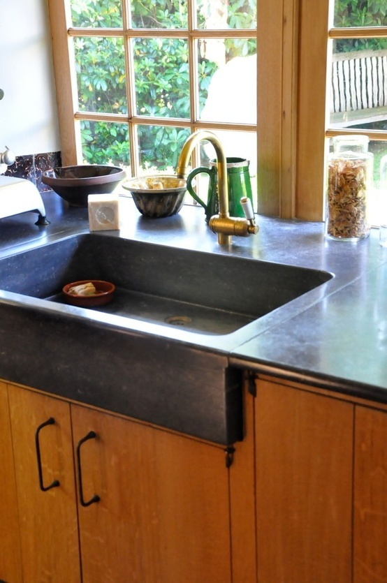 Shallow Apron Sink : Shallow sink but nice style with counter and sink as one... Id like ...