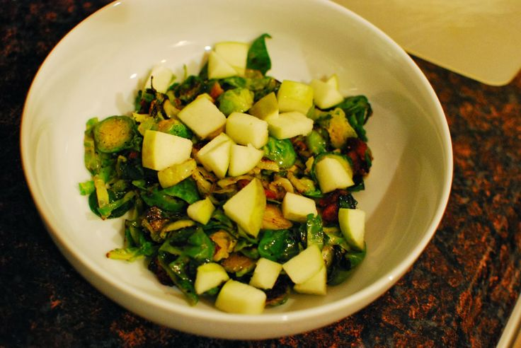 Brussels Sprouts with Bacon and Apples | Get in my belly...Dinners ...