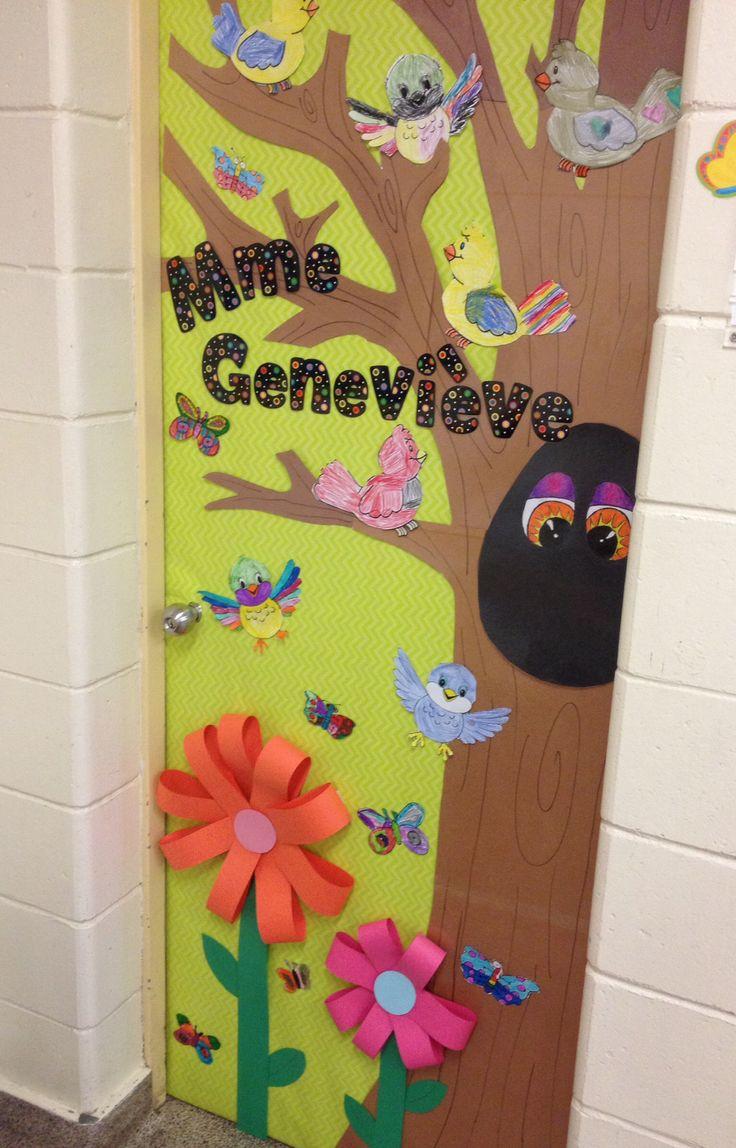 Spring classroom door cole pinterest - Decoration porte manteau ecole ...