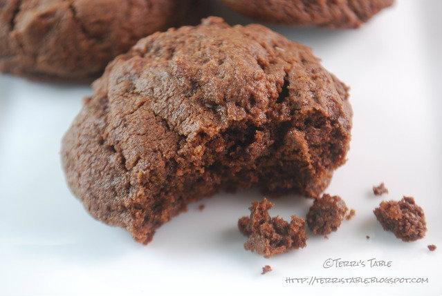 Ancho Chili-Cinnamon Chocolate Bark Recipes — Dishmaps
