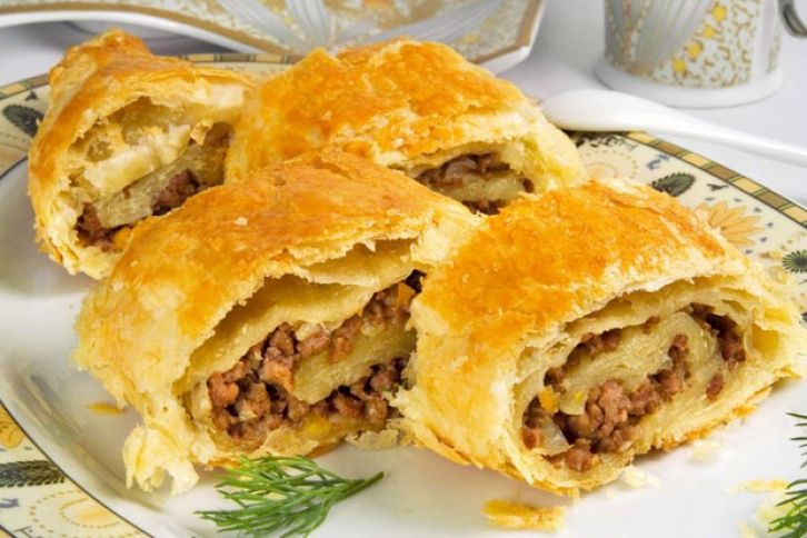 Delicious Meat Pie using like ground veggie chicken or meatless beef ...