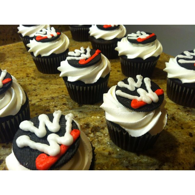 WWE cupcakes!! sweett i need to make these!