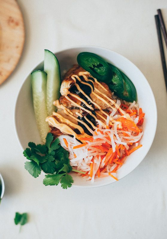 lemongrass chicken banh mi bowls | my name is yeh