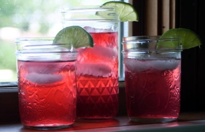 Hibiscus Lime Tea looks cool and is a cooling refresher.