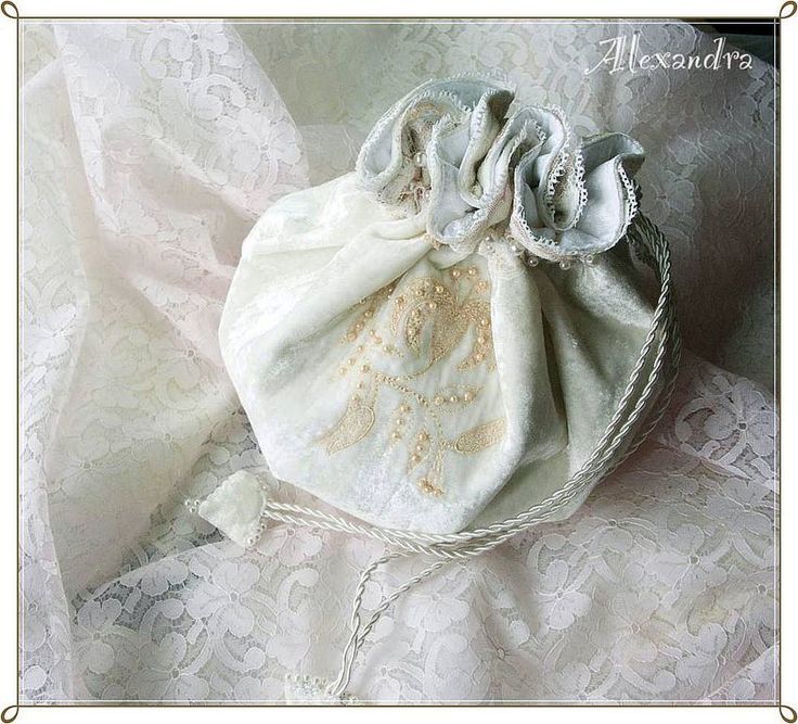 Как сшить невесте сумочку 372