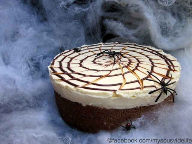 No Bake Spider Web Cheesecake (scroll down for english)
