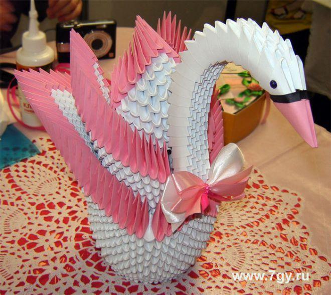 Как делать лебедя из бумаги для оригами