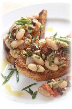 White bean crostini | Easy appetizers | Pinterest