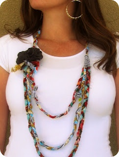 Cute! The Life of a Cheap Chickadee: Fabric Scraps Necklace