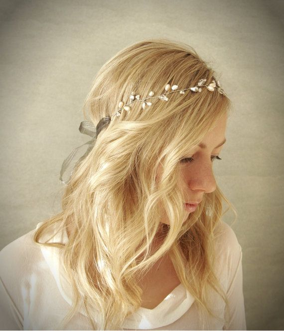 Simple Pearl and Crystal Bridal Hair Vine Halo with Silver Accents. Wedding Hair Adornment. Bridal Hair Wreath.