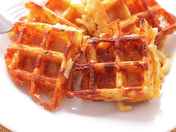 Macaroni & cheese waffles: 2 comfort foods in 1!