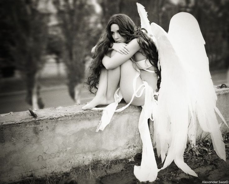 Sad Angel by ~lady-narven on deviantART