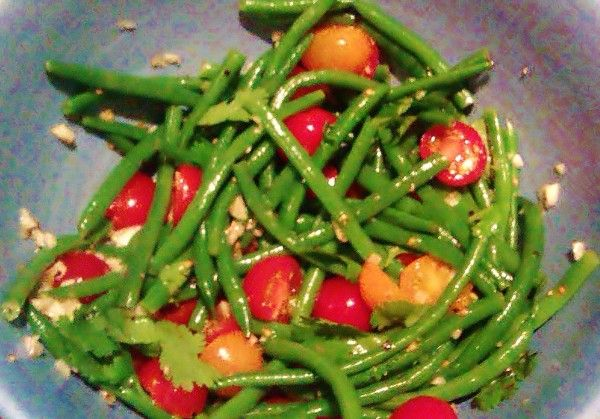 Haricot Vert Salad with Tomatoes and Garlic!