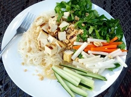 bún chay (vietnamese noodle salad) | Ethnic Foodiness... | Pinterest