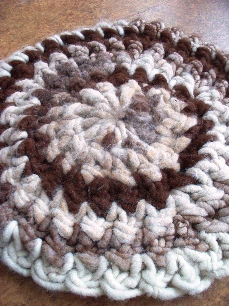Crocheting Rag Rug Instructions : Butterfly rag rug crochet PATTERNS Pinterest