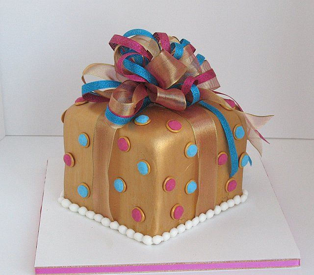 Gift Box Cake Decoration : Gifts Boxes Cakes Ideas 17512 Gift Box Occasional CAKE Ide