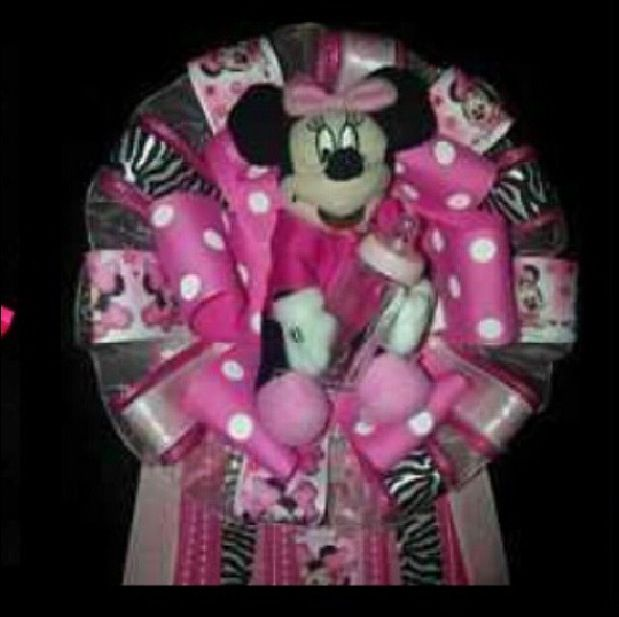 minnie mouse baby shower themed pin tanya 39 s baby shower pinterest