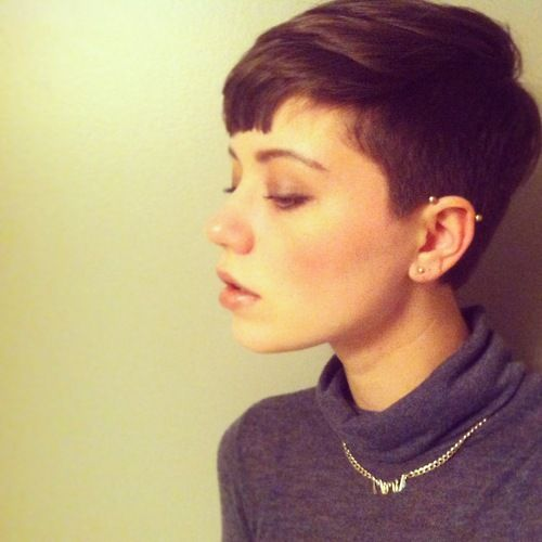 Tumblr Girls with Pixie Cuts