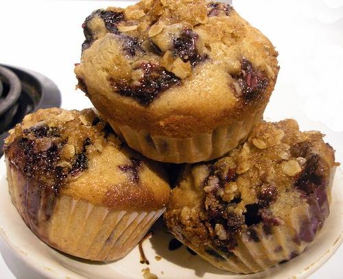 cinnamon streusel blueberry muffins | Sweet treats... | Pinterest