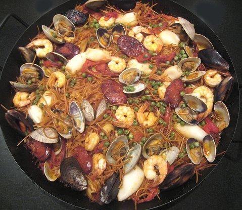 Seafood Recipes : Spanish Seafood Noodle Paella