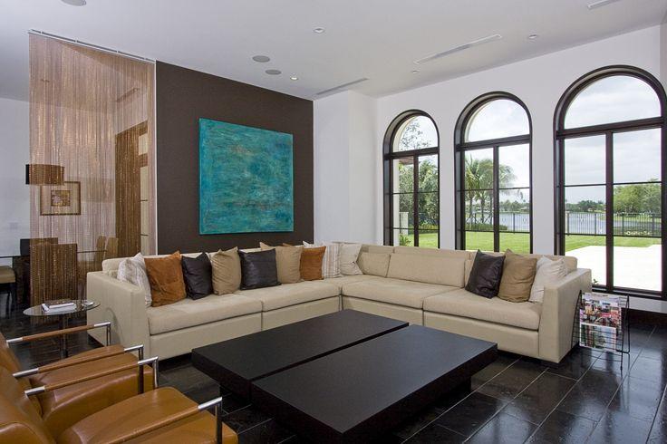 Eenvoudige en elegante woonkamer decoratie