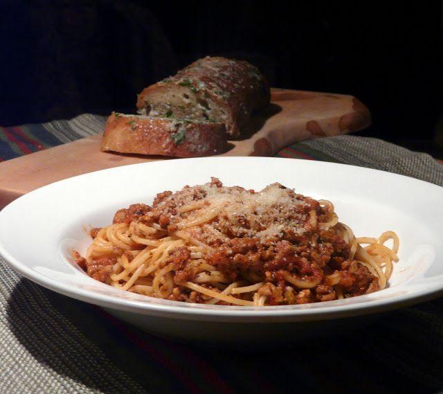 Spaghetti Bolognese with Gorgonzola Garlic Bread http://www ...