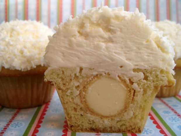 Coconut Snowball Cupcakes | Yummy Funny - Recipes | Pinterest