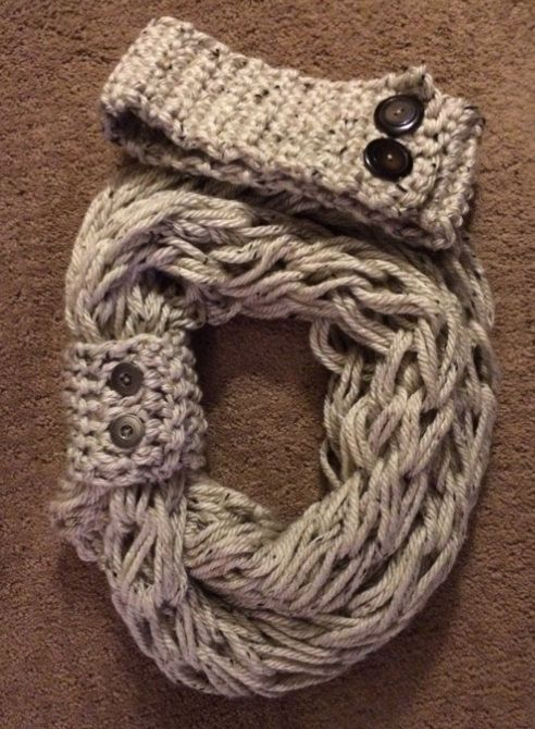 Arm knit infinity scarf with matching button cuff and headband