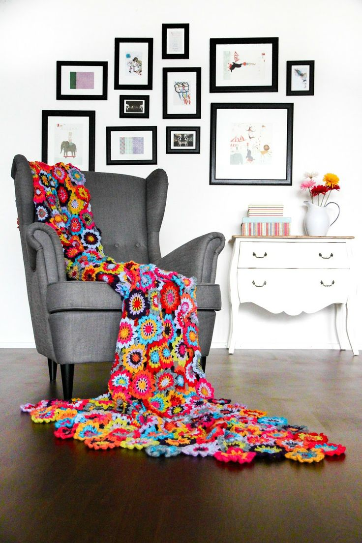 Beautiful colorful #crochet Japanese Flower Blanket by According to Matt
