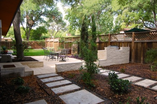 Contemporary Backyard Design : Awesome use of shallow depth backyard  Decks and Patios  Pinterest