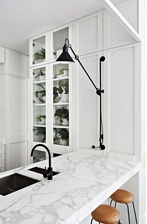 love a black faucet.