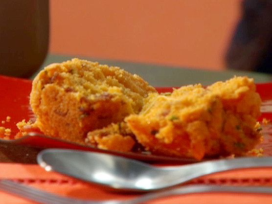 Corn Muffins with Bacon Bits and Cheddar Cheese from FoodNetwork.com ...