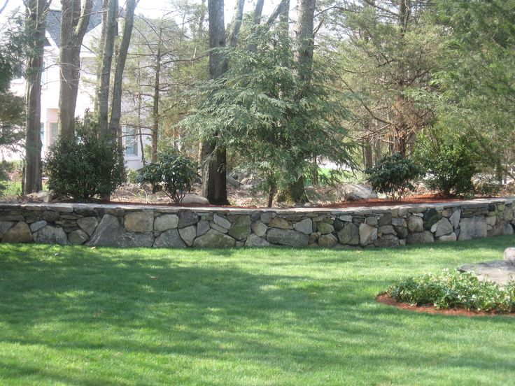 Stone landscaping walls google search the great for Landscaping rocks charlotte nc