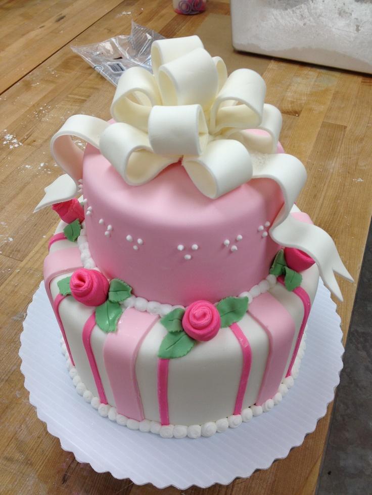 Cake With Royal Icing Flowers : Fondant cake with royal icing flowers Cake inspiration ...