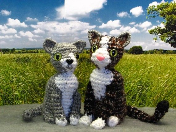 PATTERN  Crocheted Amigurumi Cat Pattern by sandsteeldesigns