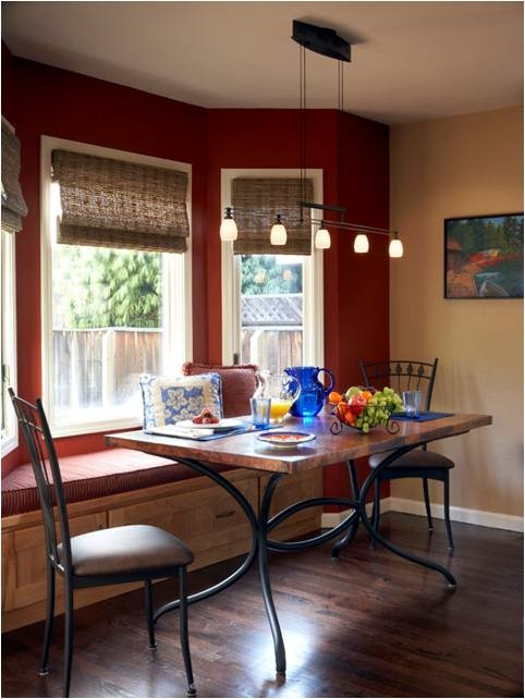 Dining room bay window seat casa pinterest for Window seat dining